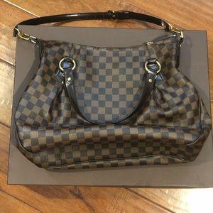 Louis Vuitton The Graceful MM hobo